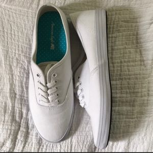 White tennis sneakers keds dupe